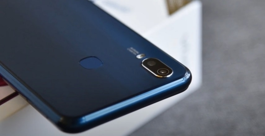 Камера смартфона Vivo Y11