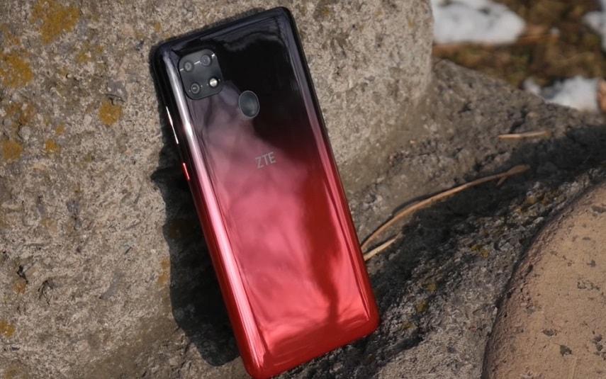 Дизайн смартфона ZTE Blade 20 Smart